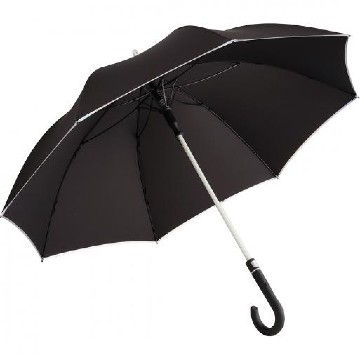 Umbrella with variable LED lighting